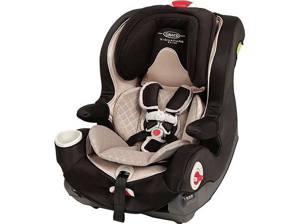 california 39 s new child safety seat law from dates to diapers. Black Bedroom Furniture Sets. Home Design Ideas