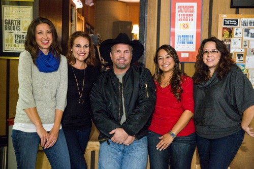 Walmart Moms with Garth Brooks